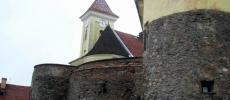 Замок в Мукачево - фото