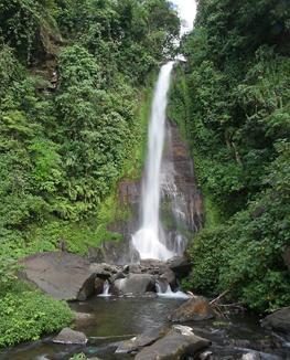 Водопад Гит-Гит (Git-Git Waterfall) - великолепный отдых гарантирован