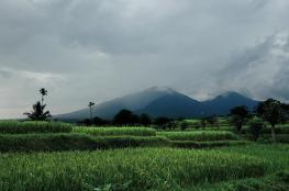 Агунг — вулкан на острове Бали