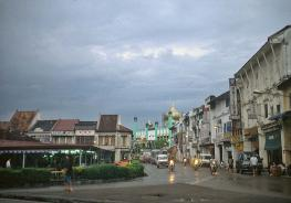 Кучинг (Kuching) - крупный город на Северо - Западе острова Калимантан