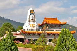 Пенанг: Храм Змей и Храм Кек Лок Си