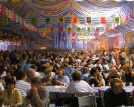 Фестиваль пива в Мюнхене (Октоберфест) – это настоящее массовое событие
