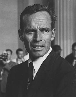 Чарлтон Хестон - семь раз избирался президентом Гильдии киноактёров