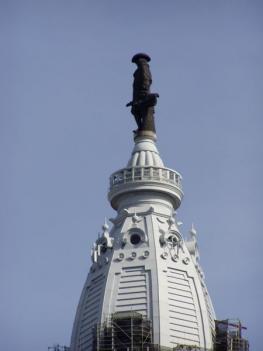 Статуя Пенну Уильяму основателю английской колонии в Северной Америке