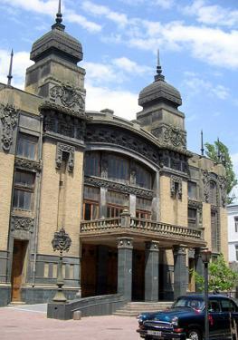 Театр в Азербайджане