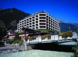 Отель Alpina