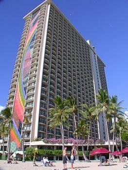 Отель Hilton Hawaiian Village - Гонолулу