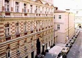 Отель Novomestsky