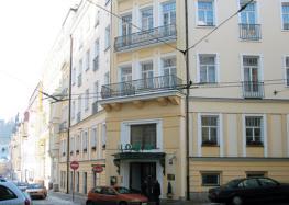 Отель Flora