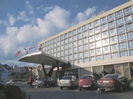 Отель International