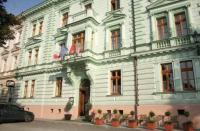 Отель Irida