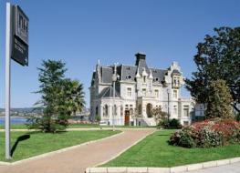 Отель NH Palacio de Oriol
