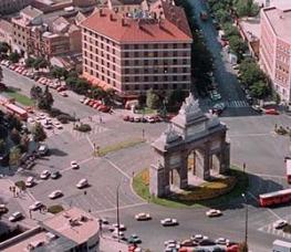 Отель Puerta de Toledo