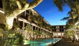 Oasis Beach Resort & Spa