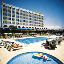 Отель Navarria