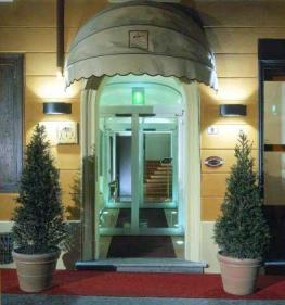 Отель Al Cappello Rosso Bologna