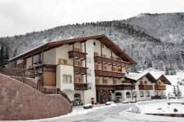Отель Touring