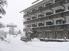 Отель Cresta et Duc