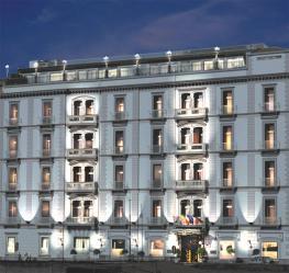 Отель Grand Hotel Parkers