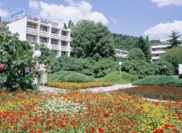 Отель Кардам - Kardam