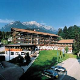 Отель Treff Alpenhotel Kronprinz