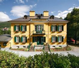 Замок-отель Villa Solitude