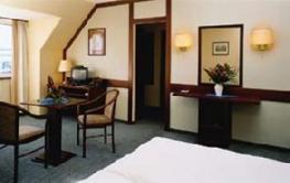 Отель Alexander