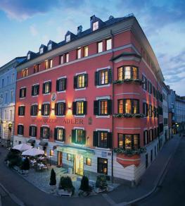 Отель Romantikhotel Sсhwarzer Adler Innsbruck