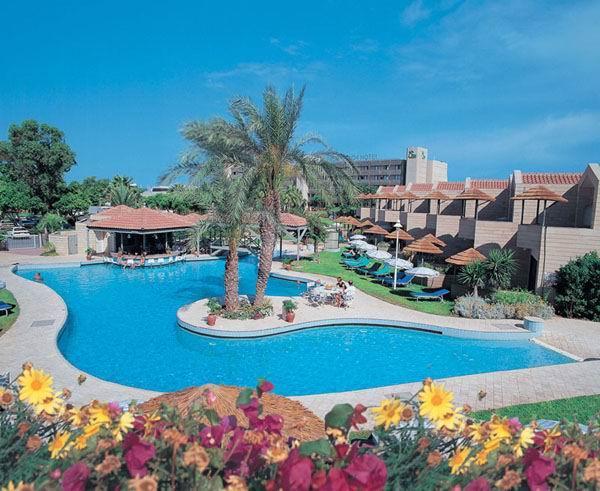 Кипр ларнака отель palm beach фото