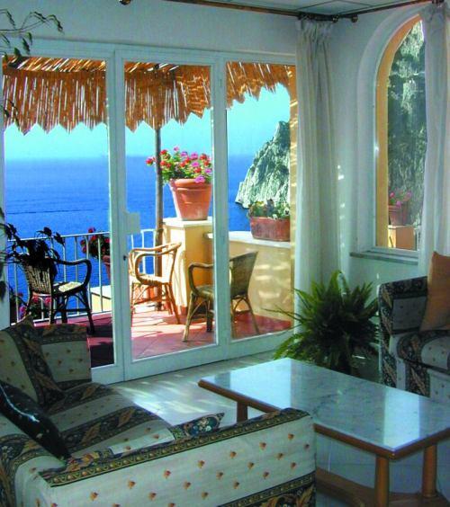 Капри Италия Отель Weber Ambassador - фото
