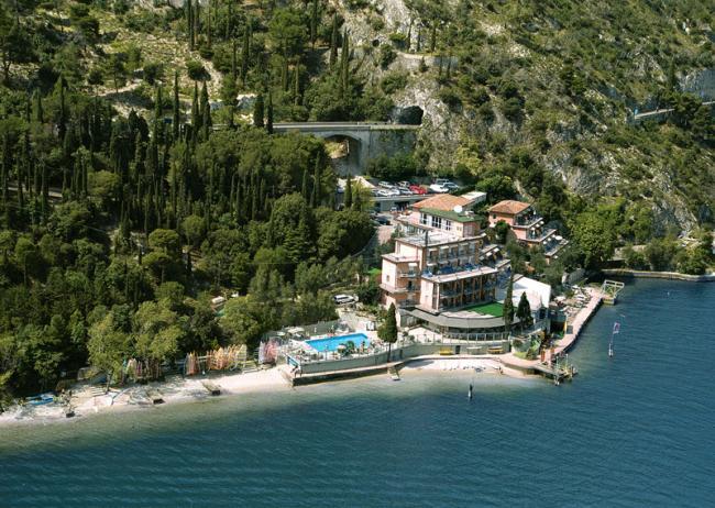 Озеро Гарда Отель Hotel Capo Reamol