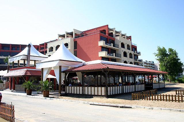 Солнечный берег - Отель Нобель - фото