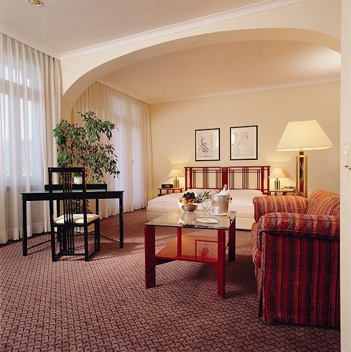 Отель Holland Hotel Sophienpark - Холланд отель Софинпарк