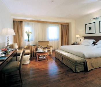Рим - Отель Starhotels Metropole