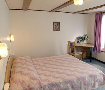Интерлакен - Отель Chalet Swiss