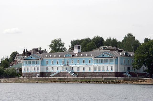 Отель Саммит - где остановиться в Мышкине