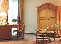 Дюссельдорф - MADISON HOTEL & SPORTCLUB