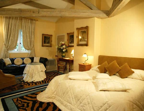 Отели на Лазурном Берегу - Отель LA BASTIDE DE SAINT TROPEZ (Лазурный Берег)