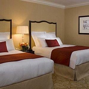 Отель RENAISSANCE MAYFLOWER - фото