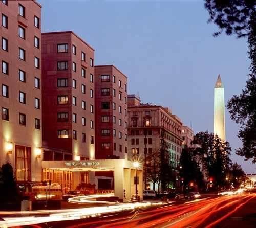 Отель Capital Hilton Hotel - фото