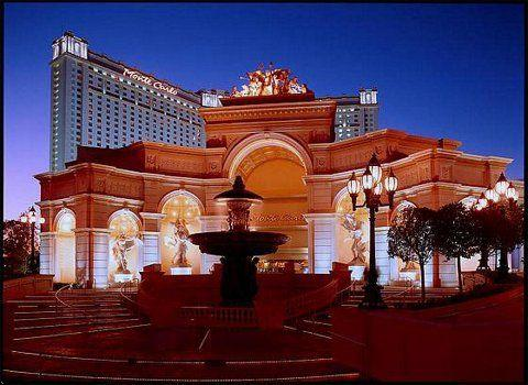 Отель Monte Carlo Resort & Casino