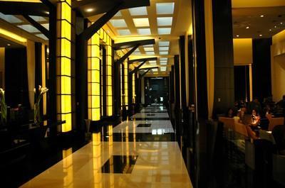 Отель THE HOTEL AT MANDALAY BAY - фото