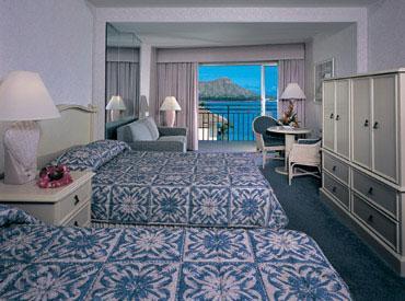 Отель Outrigger Reef on the Beach Hotel