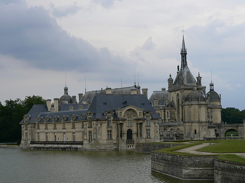 Замок Шантийи - Chateau de Chantilly) - фото
