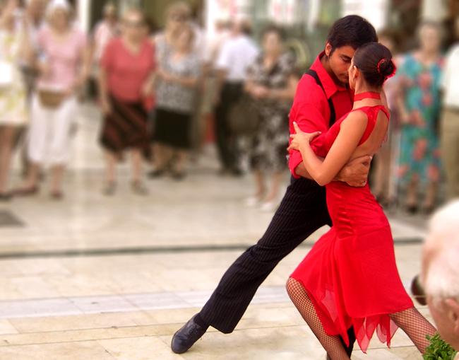 Испанский танец - фото