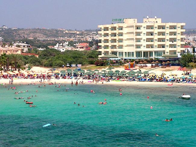 Курорт Айя-Напа - пляж - фото