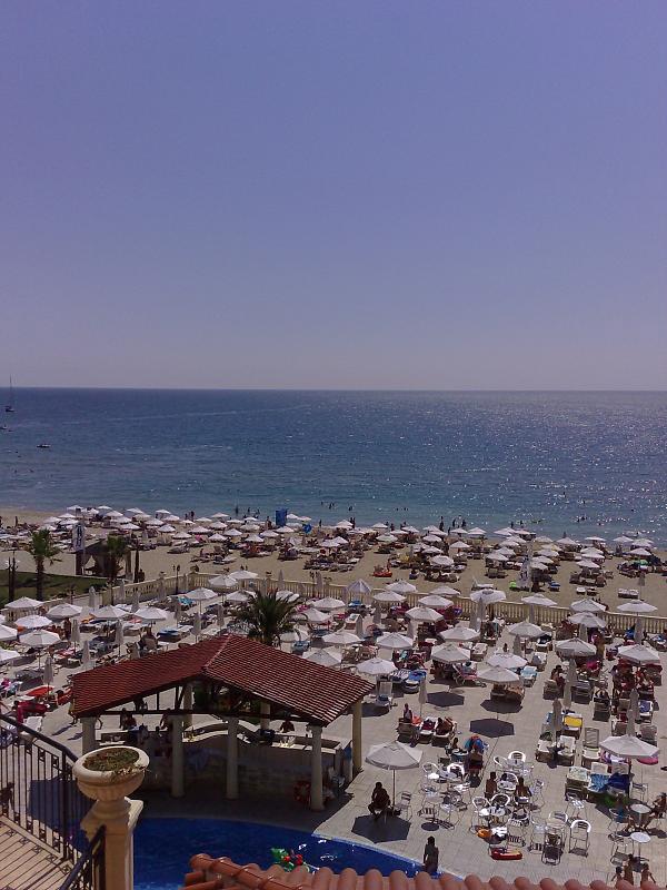 Курорт Елените - пляж - фото