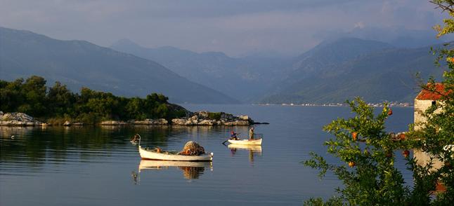 Курорт Тиват - побережье - фото