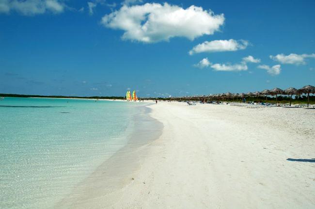 Кайо Энсеначос - пляж острова