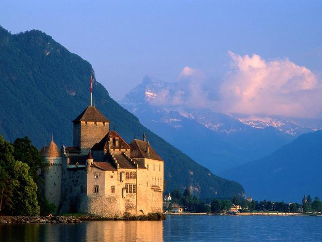 Шильонский замок - фото fantom-xp.com